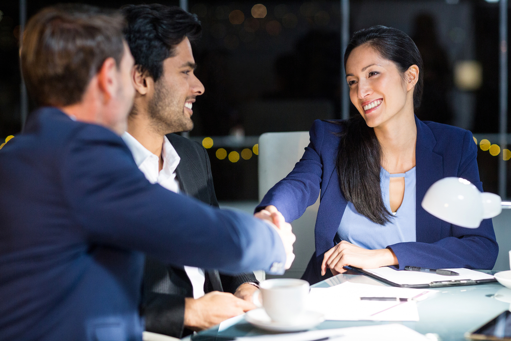 How Your Small Business Can Partner with Others on Agency Contracts